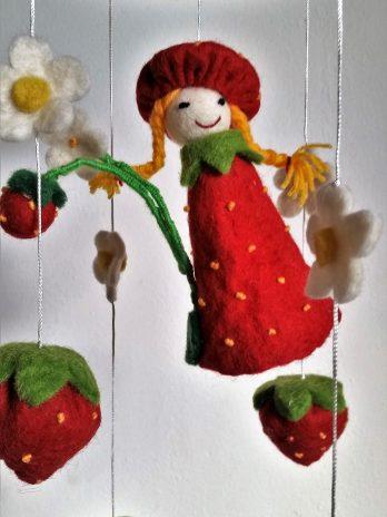 """Filz-Mobile """"Erdbeer-Prinzessin"""""""