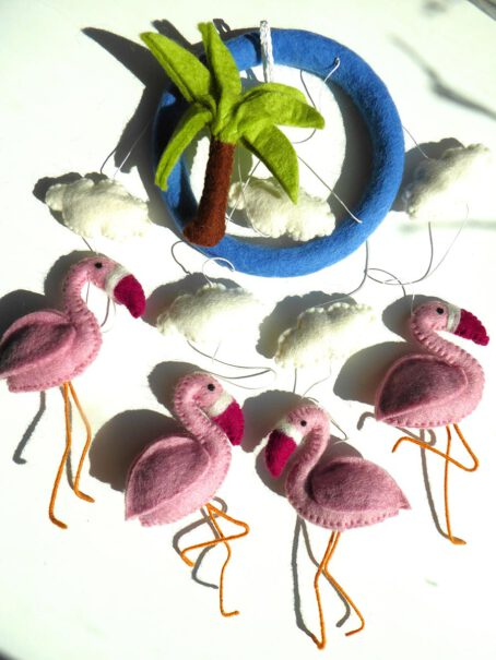 Mobile-aus-Filz-Flamingos-3